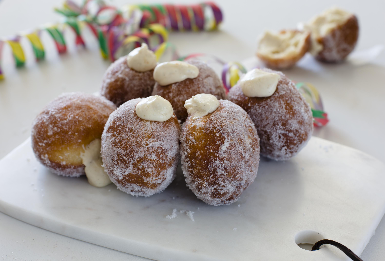 Custard doughnuts