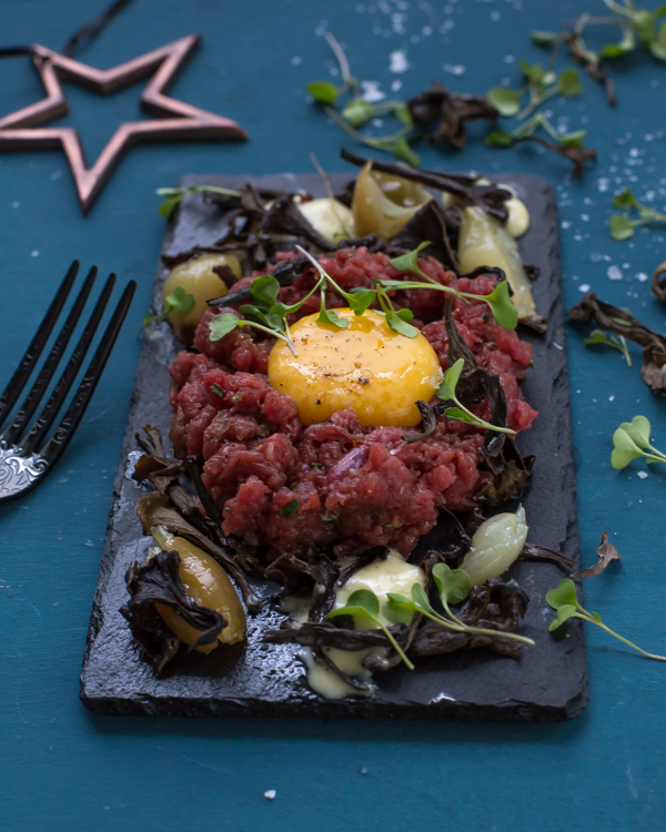 Moose tartare with pickled black trumpet mushrooms