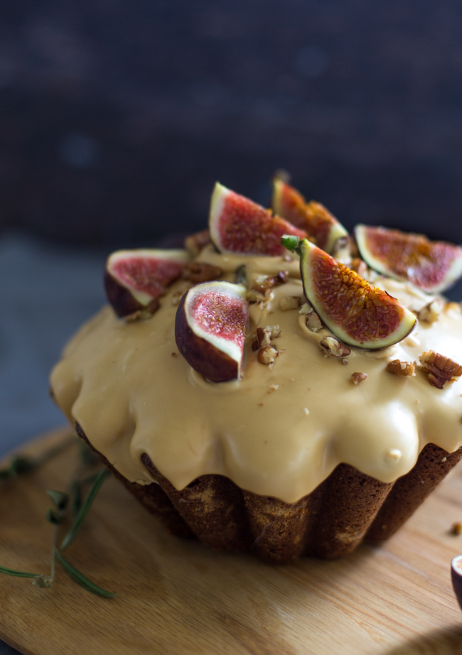Fresh figs look just so delicious!