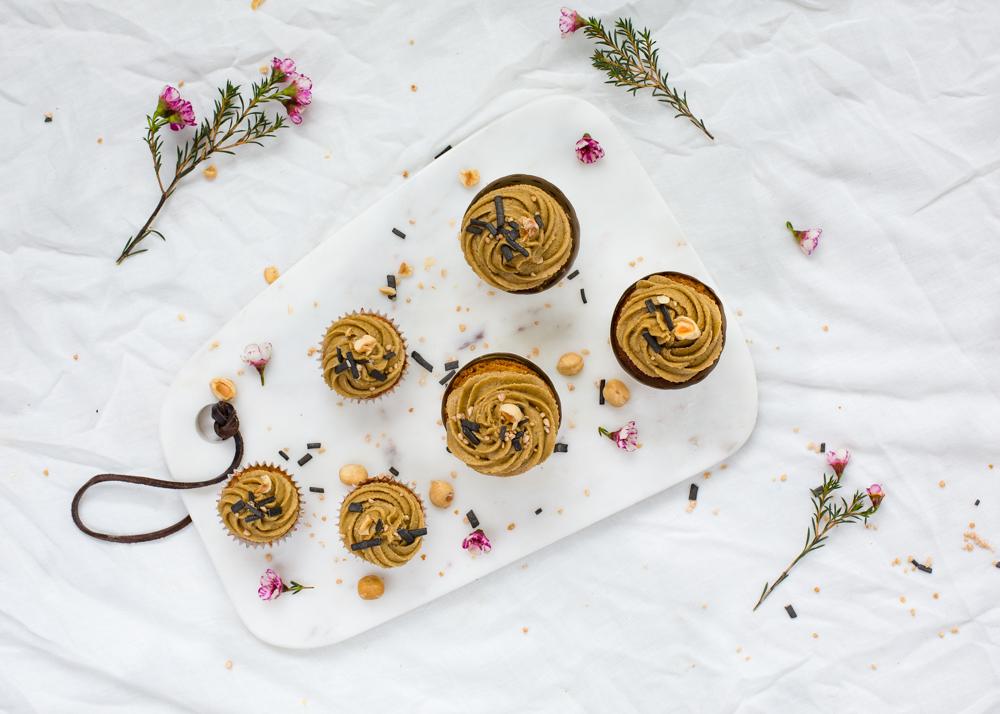 Lakritsi-hasselpähkinämuffinit