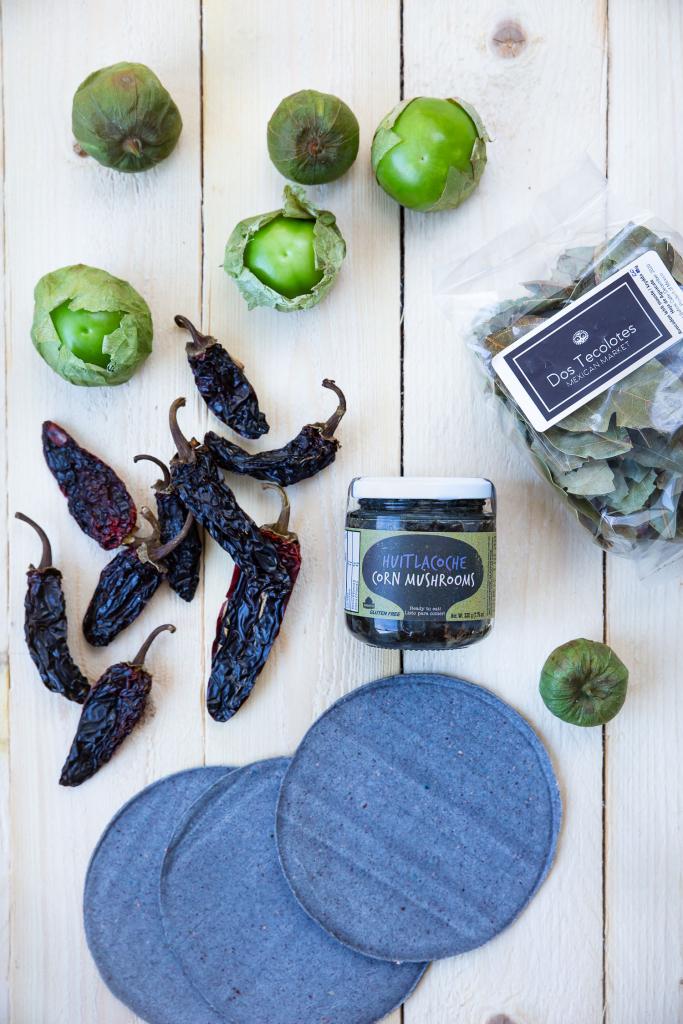Meksikolaisia elintarvikkeita saa nyt Helsingistä. Tutustu tomatilloon, kuivattuihin chileihin ja maistuviin tortilloihin.